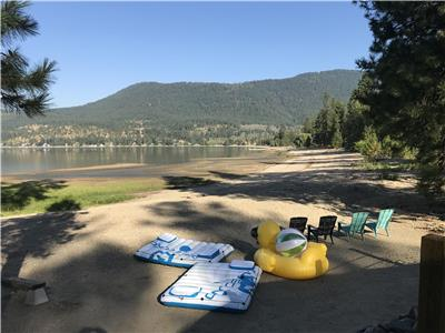 Little Shuswap Lake Oasis