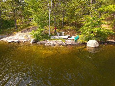 Koshlong Lake Driftwood Hill ** New Listing** Weekly rentals only
