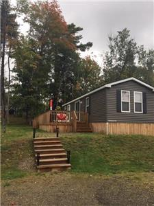 3 Bedroom, 2 Bath Seasonal Cottage in Shamrock Bay Resort Muskoka