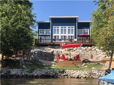 4 season paradise on Lake Manitouwabing located just minutes from Parry Sound