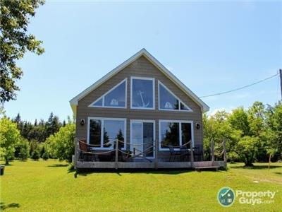 Bouctouche Bay Cottage by the Sea