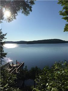 Private Cottage with spectacular views on Beautiful Lake of Bays