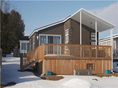 Kawarthas Cottage on Rice Lake - Bellmere Winds Resort.  3BR, 2BA.