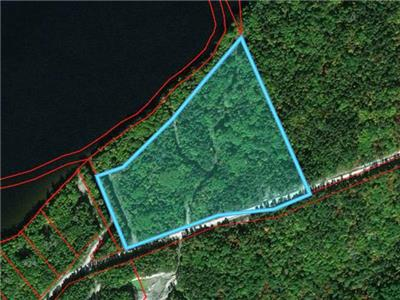 Bark Lake, Lakefront Estate Lot