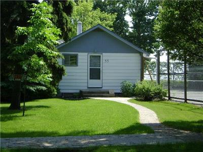 Cottage for rent in Gimli on Lake Winnipeg