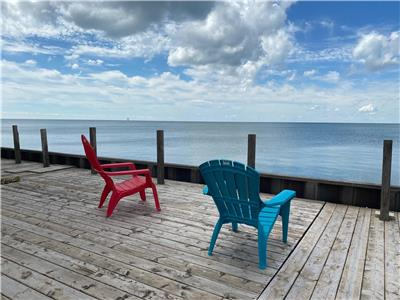 Lake Daze, minutes from Point Pelee and Erie Shores Golf, and close to town