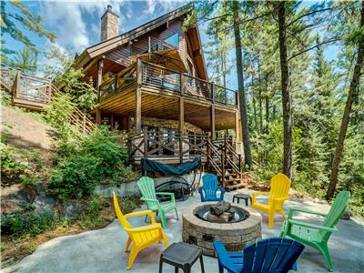Muskoka Style Luxury - Custom built Lakehouse - Blue Sea Region - Pristine and private Lac Roberge