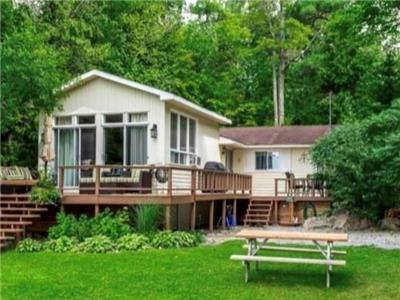 Waterfront Cottage with Guest Bunkie on Lower Buckhorn Lake
