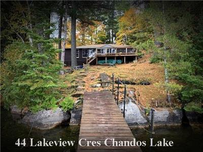 Chandos Lake Premium Lot