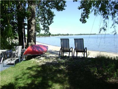 4-Two-Just Right For Two! RELAX ON SECLUDED BEACH. KAYAKS & CANOE. Dessert's on us! .