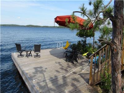 SORRY, BOOKED UP FOR 2021 - CallNest, 3BR/2Bath, Lake Muskoka, 750'Pt, panoramic views, Beach